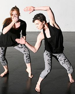Inclined Dance Project in newsteps 2013