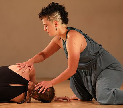(L-R) Emily Faulkner and Sarah Chien in Performance Mix Festival 2018